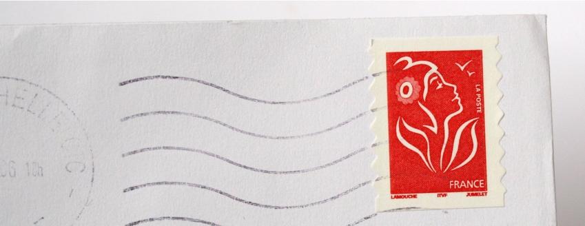 Enveloppe avec timbre rouge La Poste : tarifs La Poste 2019 sur Bureaudeposte.net